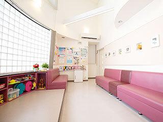 一木医院(一木皮膚科、いちきひふか)福岡市博多区の皮膚科専門医院内写真2